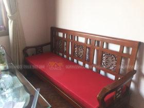 Hình ảnh bộ đệm ghế gỗ được chị Quỳnh chụp và gửi lại cho Vinaco