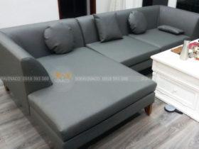 Bộ sofa vải đã được bọc lại bằng da
