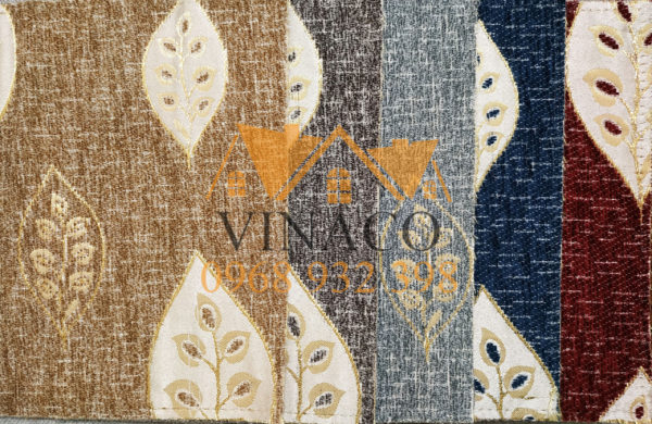 Các mẫu vải thêu hoa văn cổ điển với các màu sắc khác nhau