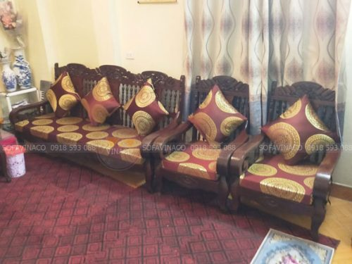 Đệm ghế được làm từ mẫu vải gấm mới