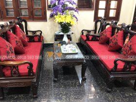 Bộ đệm ghế hoàn chỉnh của gia đình chị Hương tại phố Việt Hưng, Hà Nội