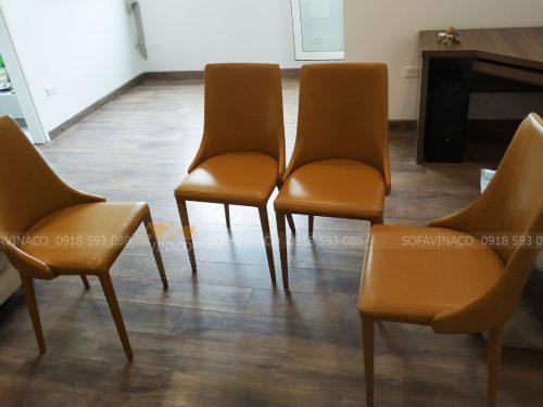 Dịch vụ bọc ghế ăn của Vinaco đã thay đổi bộ ghế này
