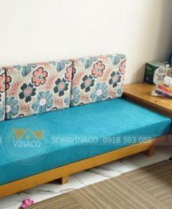 Bộ đệm ghế sofa gỗ Vintage đã làm cho khách hàng