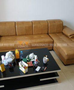 Bộ ghế hoàn chỉnh sau khi đã được nhân viên Vinaco tiến hành bọc xong tại Tây Hồ, Hà Nội