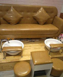 Bộ ghế làm móng tại salon chị Mai Phạm Văn Đồng đã được nhân viên Vinaco hoàn thành