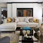Bộ ghế sofa góc gam màu be cùng màu sắc với tường