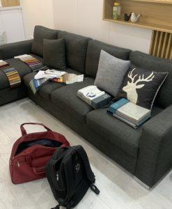 Bộ ghế sofa góc của gia đình anh Minh tại Lê Đức Thọ gam màu xám lông chuột